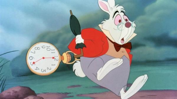 Dessin anime Alice au Pays des Merveilles (Alice's Adventures in Wonderland), 1951 (Walt Disney) : le lapin blanc en retard, avec sa montre